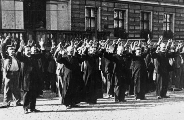 Nazi execution of Catholic Priests